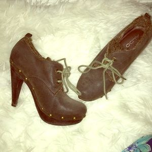 CUTE VINTAGE STYLE ALDO FALL ANKLE BOOTS